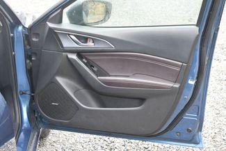2017 Mazda Mazda3 5-Door Grand Touring Naugatuck, Connecticut 10