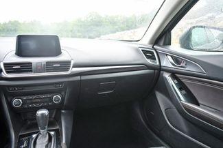 2017 Mazda Mazda3 5-Door Grand Touring Naugatuck, Connecticut 18