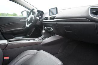 2017 Mazda Mazda3 5-Door Grand Touring Naugatuck, Connecticut 8