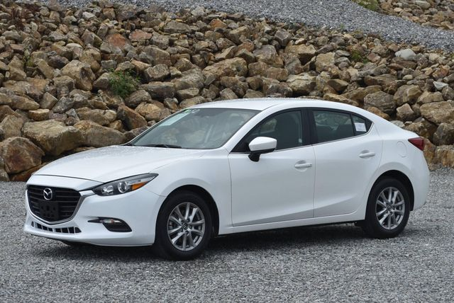 2017 Mazda Mazda3 Sport Naugatuck, Connecticut