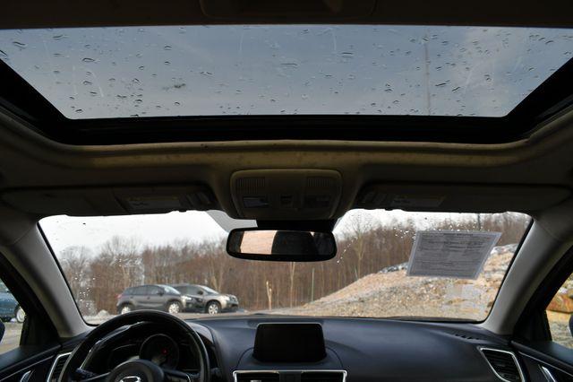 2017 Mazda Mazda3 Grand Touring Naugatuck, Connecticut 9