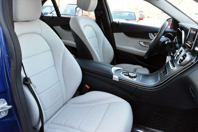 2017 Mercedes-Benz C 300 C 300 4MATIC Sedan Waterbury, Connecticut 24