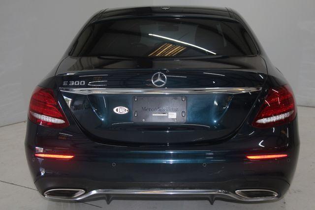 2017 Mercedes-Benz E 300 Luxury Houston, Texas 11