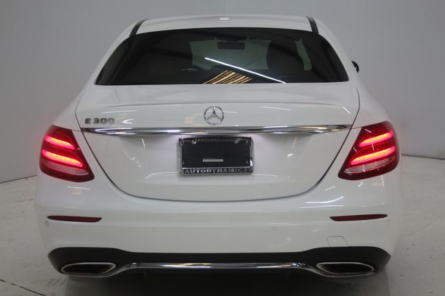 2017 Mercedes-Benz E 300 Luxury Houston, Texas 10