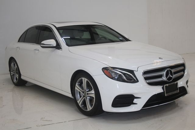 2017 Mercedes-Benz E 300 Luxury Houston, Texas 4