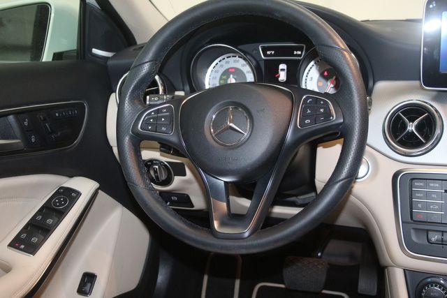 2017 Mercedes-Benz GLA 250 Houston, Texas 10