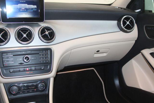 2017 Mercedes-Benz GLA 250 Houston, Texas 12