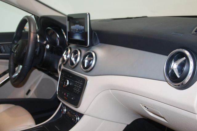 2017 Mercedes-Benz GLA 250 Houston, Texas 14