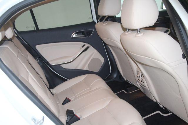 2017 Mercedes-Benz GLA 250 Houston, Texas 22