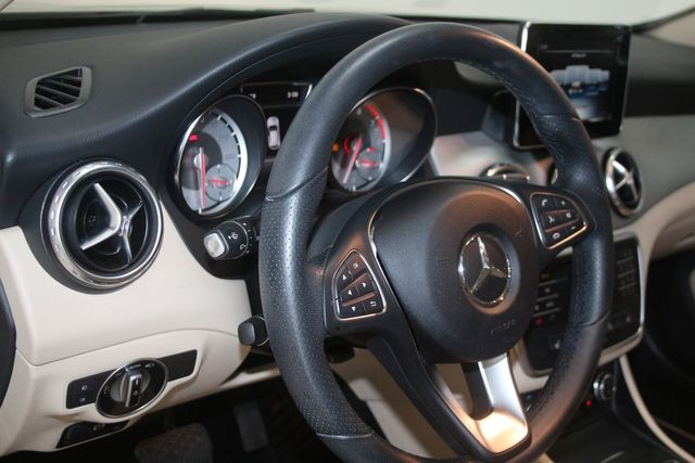 2017 Mercedes-Benz GLA 250 Houston, Texas 28