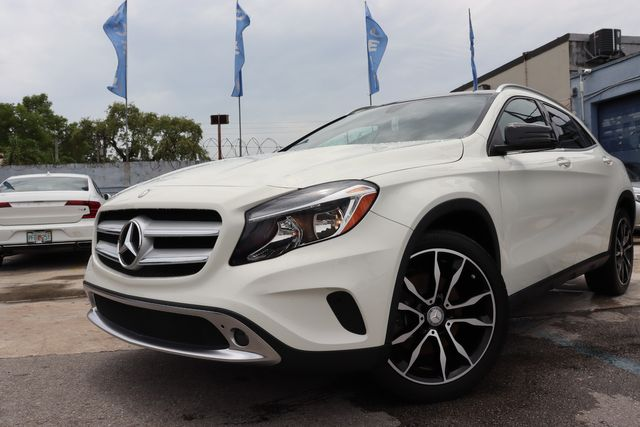 2017 Mercedes-Benz GLA 250 in Miami, FL 33142