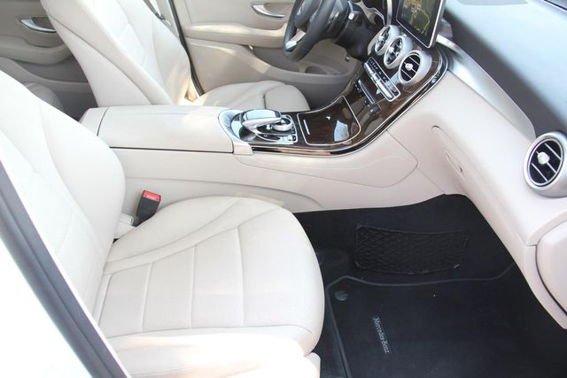 2017 Mercedes-Benz GLC 300 Santa Clarita, CA 14
