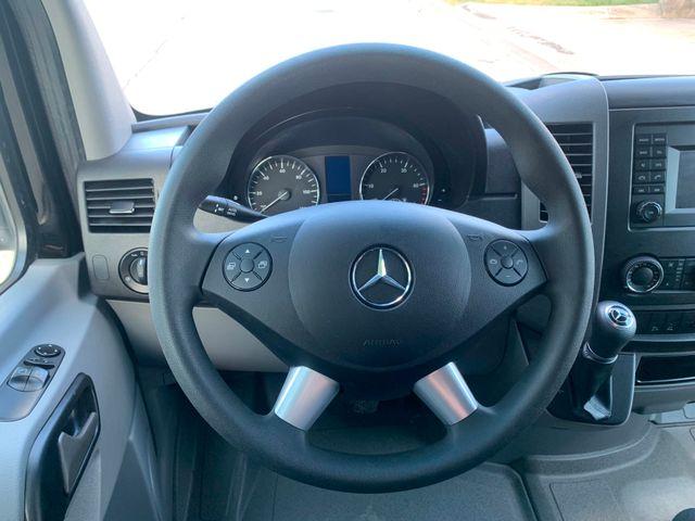 2017 Mercedes-Benz Sprinter Cargo Van Chicago, Illinois 10