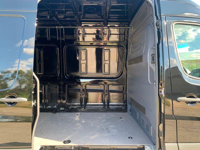 2017 Mercedes-Benz Sprinter Cargo Van Chicago, Illinois 18