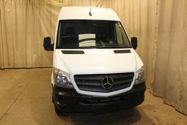 2017 Mercedes-Benz Sprinter Cargo Van dually High roof Dually in Roscoe, IL 61073