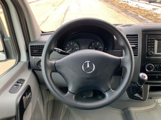 2017 Mercedes-Benz Sprinter Passenger Van Chicago, Illinois 10