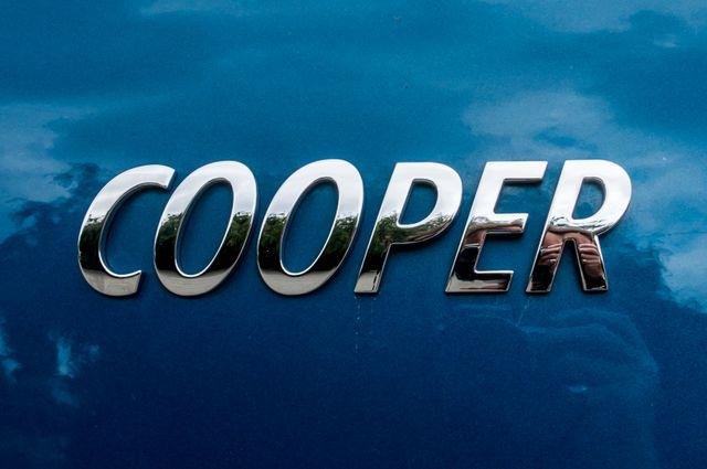 2017 Mini Cooper Countryman in Reseda, CA, CA 91335