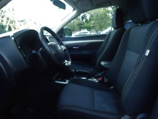 2017 Mitsubishi Outlander SE PUSH STRT. CAMERA. 7-PASS. HTD SEATS SEFFNER, Florida 3