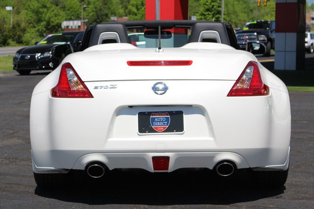 2017 Nissan 370Z Roadster RWD-NAV-HEATED/COOLED LEATHER Mooresville , NC 16