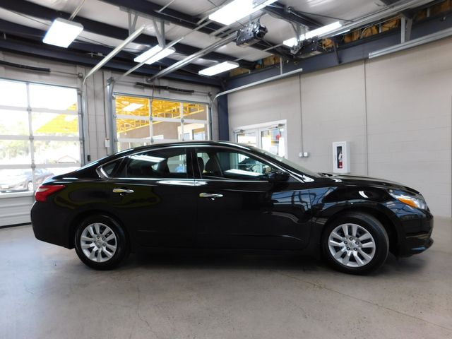 2017 Nissan Altima 2.5 S in Airport Motor Mile ( Metro Knoxville ), TN 37777