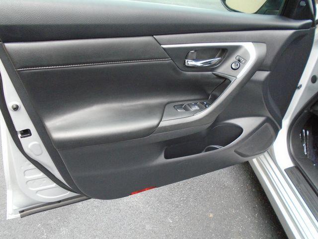 2017 Nissan Altima 2.5 SL in Alpharetta, GA 30004
