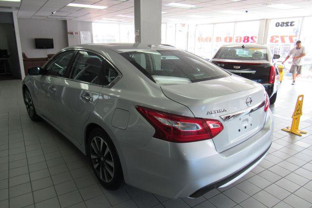 2017 Nissan Altima 2.5 SV Chicago, Illinois 5