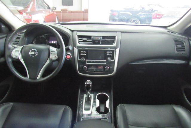 2017 Nissan Altima 2.5 SL Chicago, Illinois 9