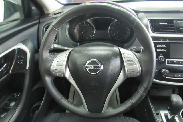 2017 Nissan Altima 2.5 SV Chicago, Illinois 12