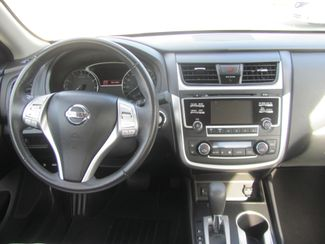 2017 Nissan Altima 2.5 SV Dickson, Tennessee 8