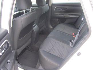 2017 Nissan Altima 2.5 SV Dickson, Tennessee 5