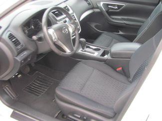 2017 Nissan Altima 2.5 SV Dickson, Tennessee 7