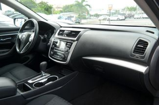 2017 Nissan Altima 2.5 SV Hialeah, Florida 39