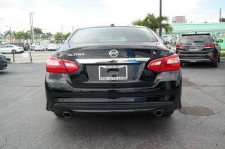 2017 Nissan Altima 2.5 SV Hialeah, Florida 4