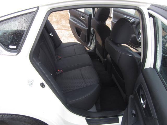 2017 Nissan Altima 2.5 S Houston, Mississippi 9
