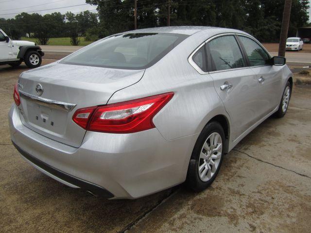 2017 Nissan Altima 2.5 S Houston, Mississippi 4