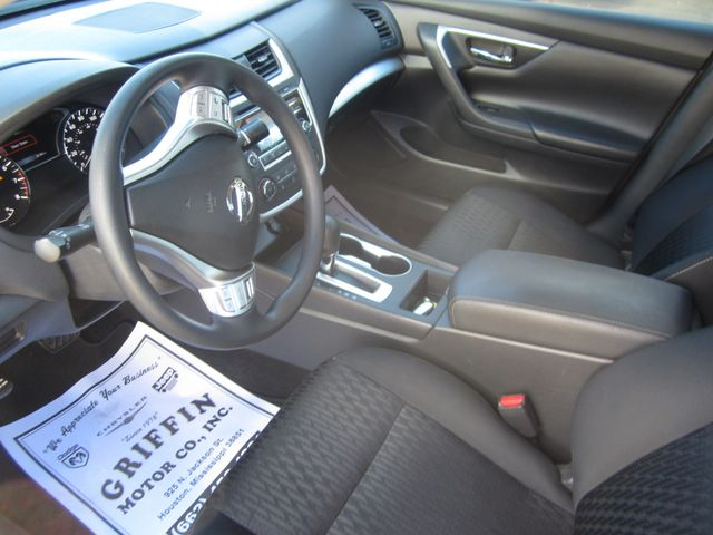 2017 Nissan Altima 2.5 S Houston, Mississippi 6