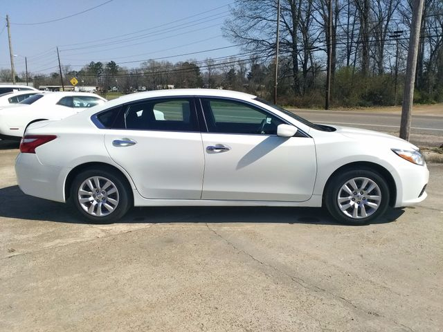 2017 Nissan Altima 2.5 S Houston, Mississippi 2