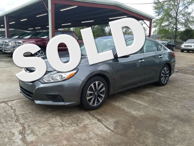 2017 Nissan Altima 2.5 SL Houston, Mississippi