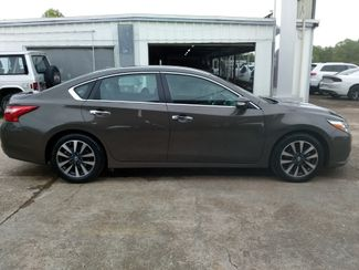 2017 Nissan Altima 2.5 SL Houston, Mississippi 2