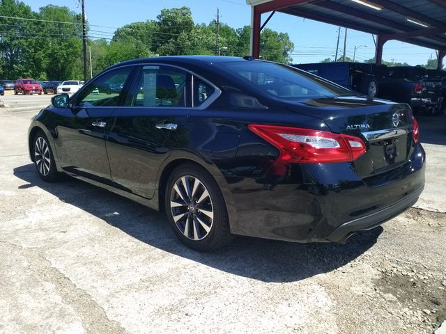 2017 Nissan Altima 2.5 SL Houston, Mississippi 4