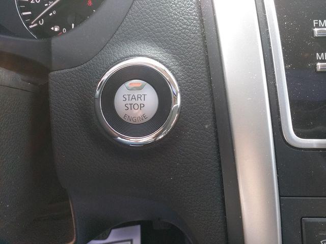 2017 Nissan Altima 2.5 SL Houston, Mississippi 17