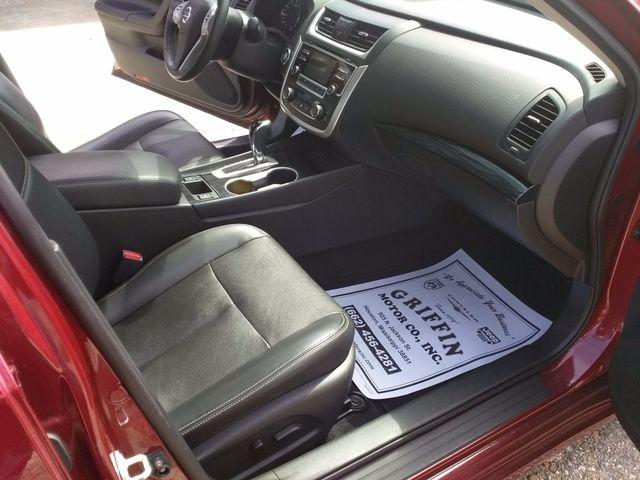 2017 Nissan Altima 2.5 SL Houston, Mississippi 10