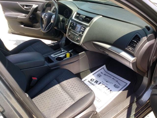 2017 Nissan Altima 2.5 S Houston, Mississippi 7