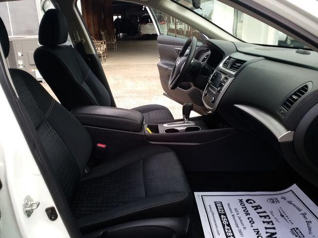 2017 Nissan Altima 2.5 S Houston, Mississippi 8