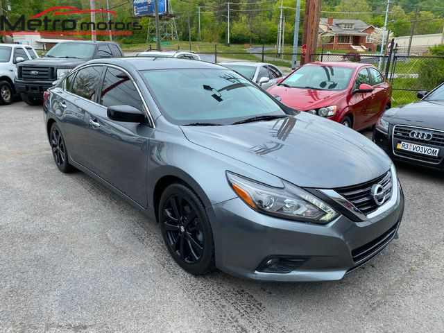 2017 Nissan Altima 2.5 SR in Knoxville, Tennessee 37917