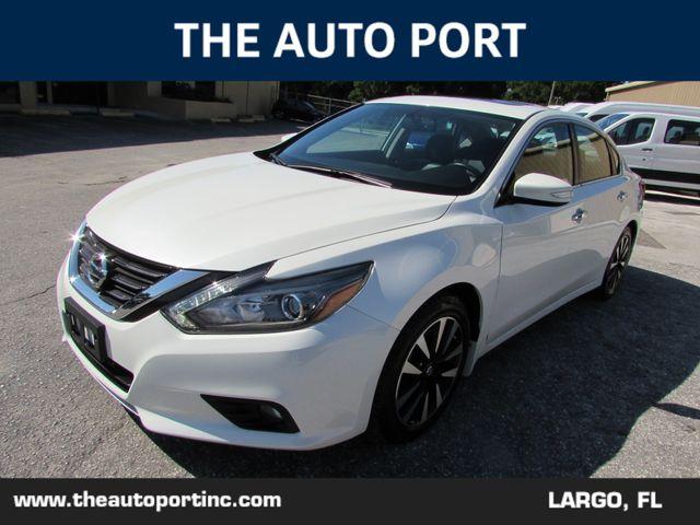 2017 Nissan Altima 2.5 SL W/NAVI in Largo, Florida 33773