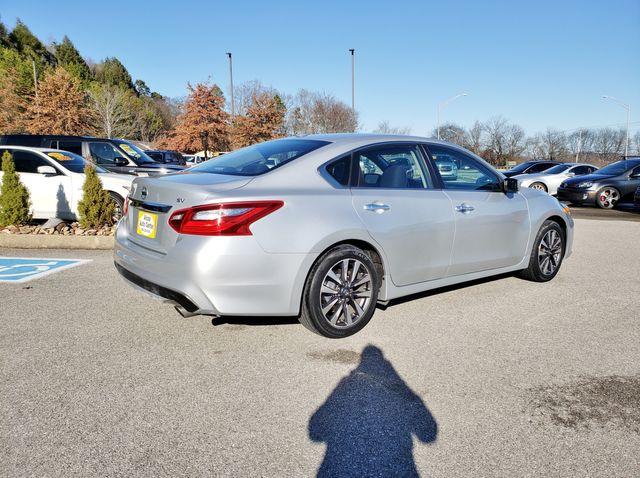2017 Nissan Altima 2.5 SV in Louisville, TN 37777
