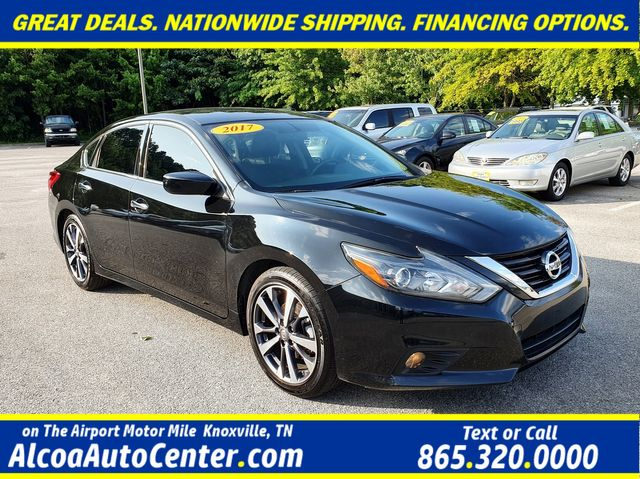 "2017 Nissan Altima 2.5 SR Sport Smart Key w/18"" Alloys"