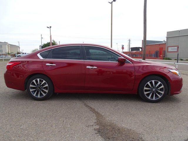 2017 Nissan Altima 2.5 SV in Marble Falls, TX 78654