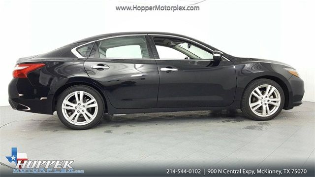 2017 Nissan Altima 3.5 SR in McKinney, Texas 75070